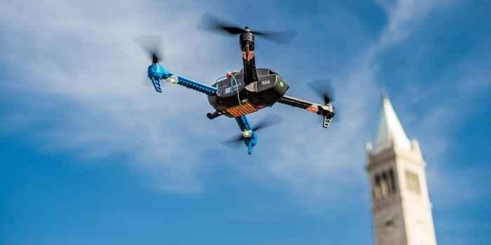 drone con motor fotovoltaico
