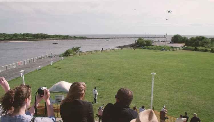demostración entrega de Flirtey buque-tierra